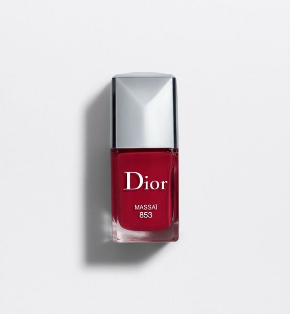3348901207997_01--shelf-dior--vernis-couture-color-gel-shine-long-wear-nail-lacquer