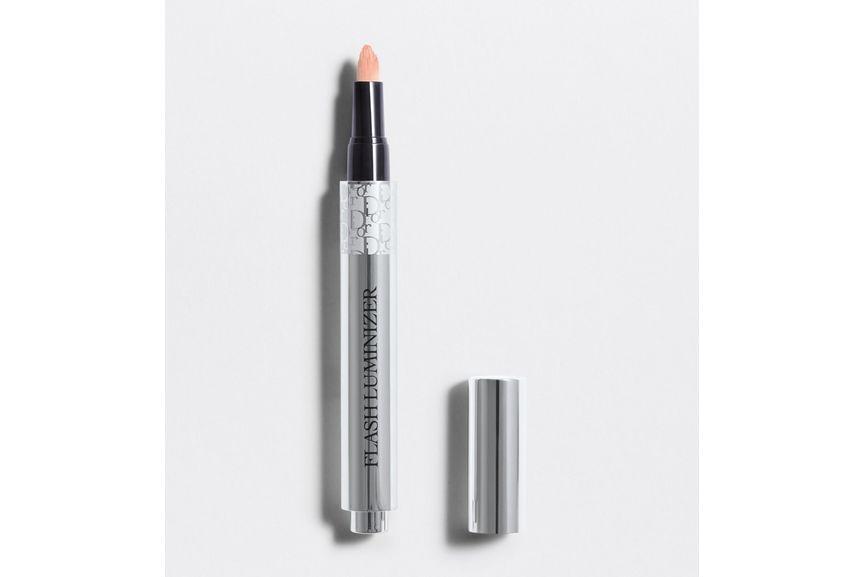 3348901311236_01--shelf-dior-flash-luminizer-radiance-booster-pen