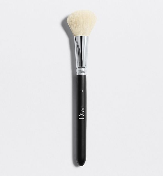 3348901379229_01--shelf-dior--backstage-blush-brush-n-16-dior-backstage-blush-brush-n-16