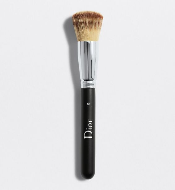3348901381253_01--shelf-dior--backstage-full-coverage-fluid-foundation-brush-n-12-dior-backstage-full-c