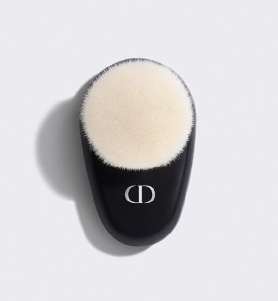 3348901403467_01--shelf-dior-backstage-brush-airflash