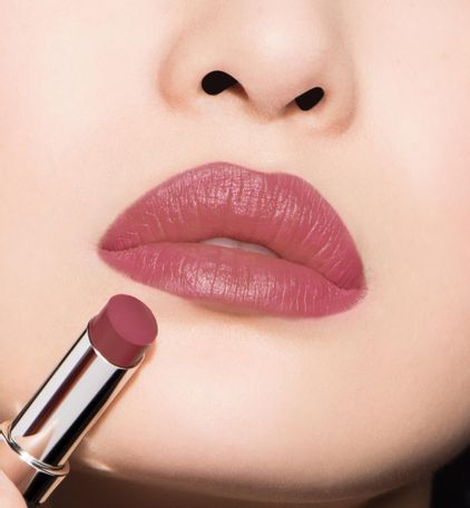 3348901408738_04--thumb01-dior-rouge--ultra-rouge-ultra-pigmented-hydra-lipstick-12-h-weightless-wear