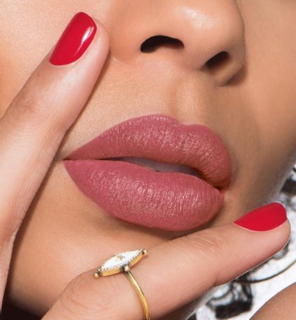 3348901408738_06--thumb02-dior-rouge--ultra-rouge-ultra-pigmented-hydra-lipstick-12-h-weightless-wear
