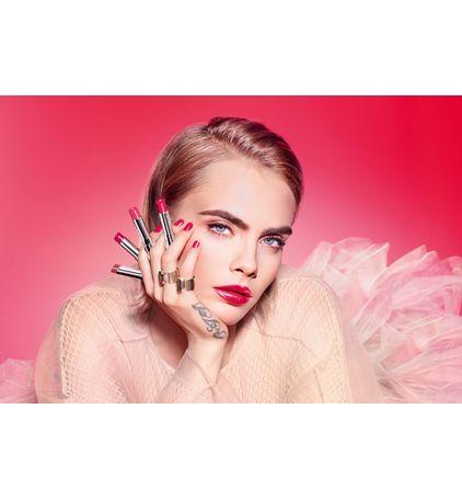 3348901500395_13--zoom05-dior--addict-stellar-gloss-balm-lip-gloss-plumping-shine-24-h-hydration-instru