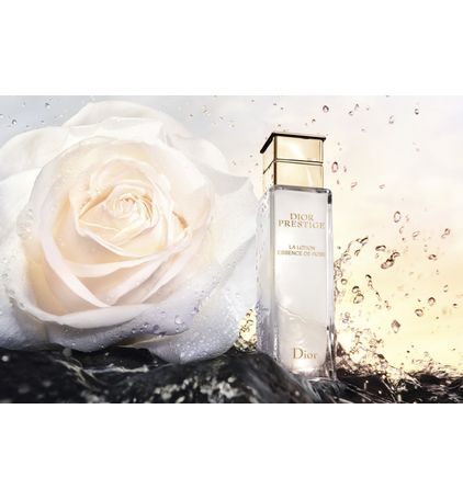 3348901510714_13--zoom05-dior--prestige-la-lotion-essence-de-rose-skincare-lotion-revitalizes-nourishes