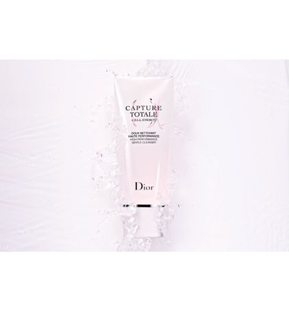 3348901477659_05--zoom01-dior-capture-totale-c-e-l-l-energy-high-performance-gentle-cleanser