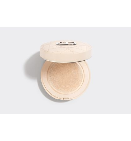 3348901506519_02--highlight-dior--forever-cushion-powder