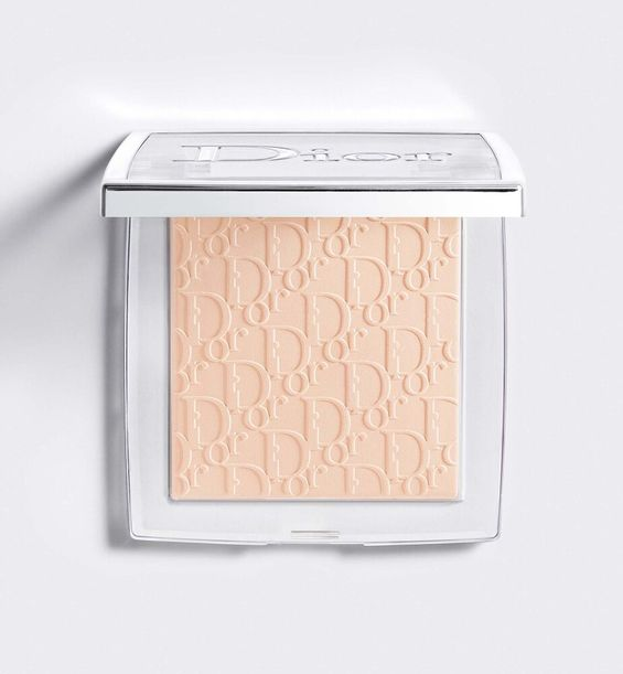 3348901500685_01--shelf-dior--backstage-face-body-powder-no-powder-perfecting-translucent-powder-blurri